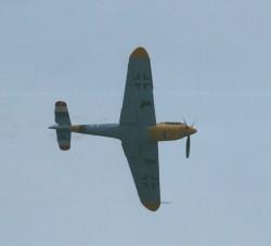 Bf109 trailing smoke